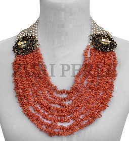 peach-coral-and-pearl-zuri-perle-handmade-necklace.jpg